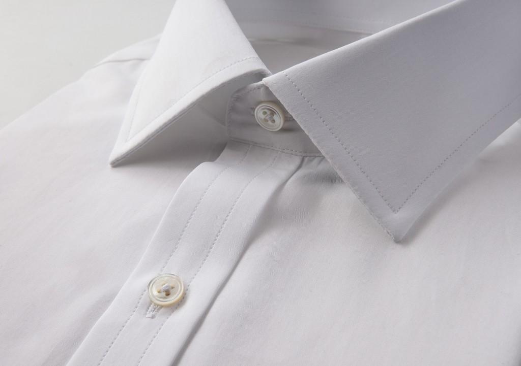 Emma_Willis_pearl_buttons_shirt_C-U