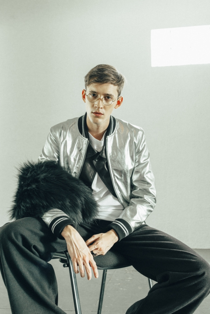 Los Vladimirovich - Shirt, José Sanchez - Leather shirt and fur, DanCassab - Silver Bomber Jacket, Salo Shayo - Pants, Vintage Glasses