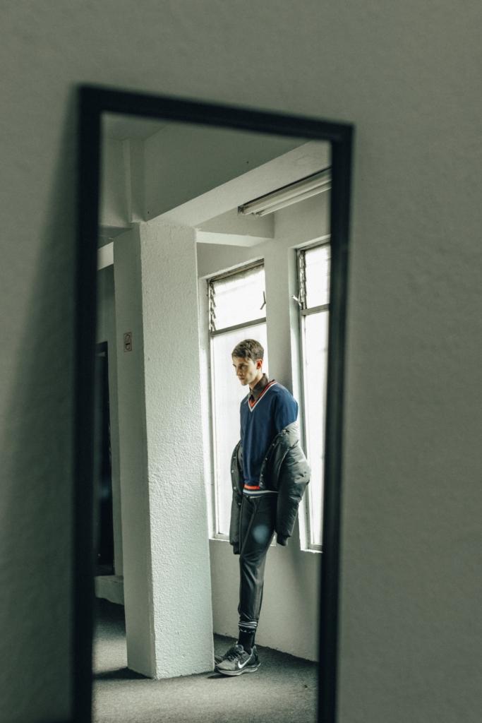 José Sánchez - Leather shirt, Reebok - Sweatshirt, Claudia Pepper - Bomber jacket and pants, Nike - Sneakers